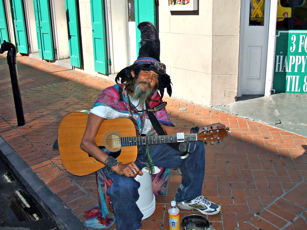 Bourbon Street Entertainer