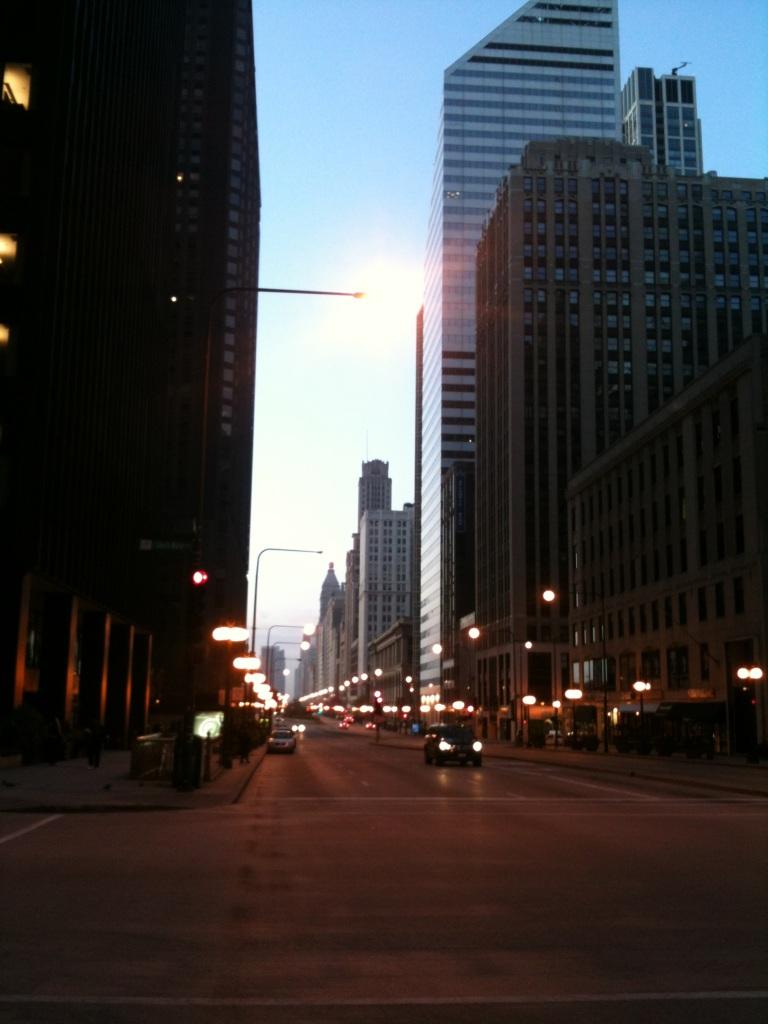 Michigan Avenue in Chicago @ 5am