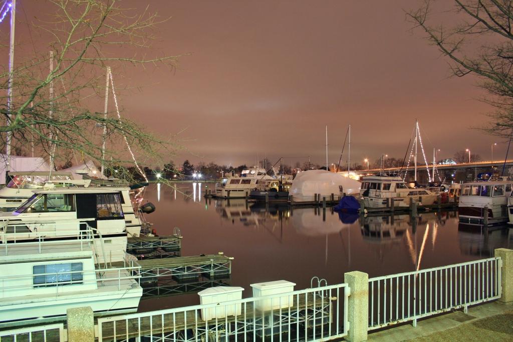 Washington, D.C. Harbor at night